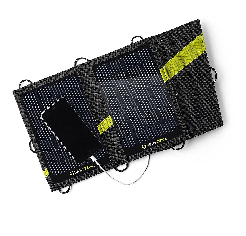 panneau solaire nomad 7 gz panneaux solaires equipement de survie. Black Bedroom Furniture Sets. Home Design Ideas